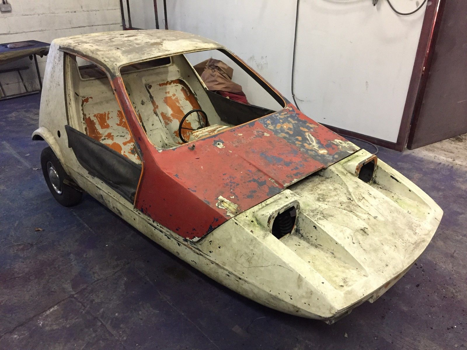 BOND BUG PROJECT RELIANT 3 WHEELER 70\'s ICON FUN | Vehicle and Cars