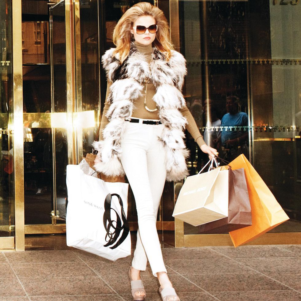 The Best Vintage Consignment Sites To Score Chanel Louis Vuitton More Designer Items Fashion Luxury Outfits Vintage Designer Fashion