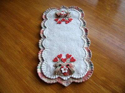 """Double Handled Sweetheart Bouquets"" Penny Rug Runner Candle Mat Primitive 