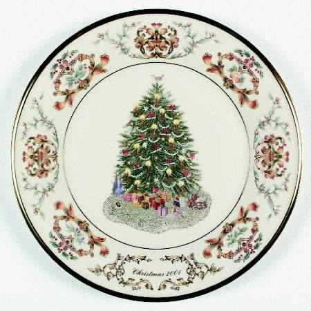 Pin By Becke Davis On Home For The Holidays Christmas Dinnerware Christmas China Christmas China Patterns