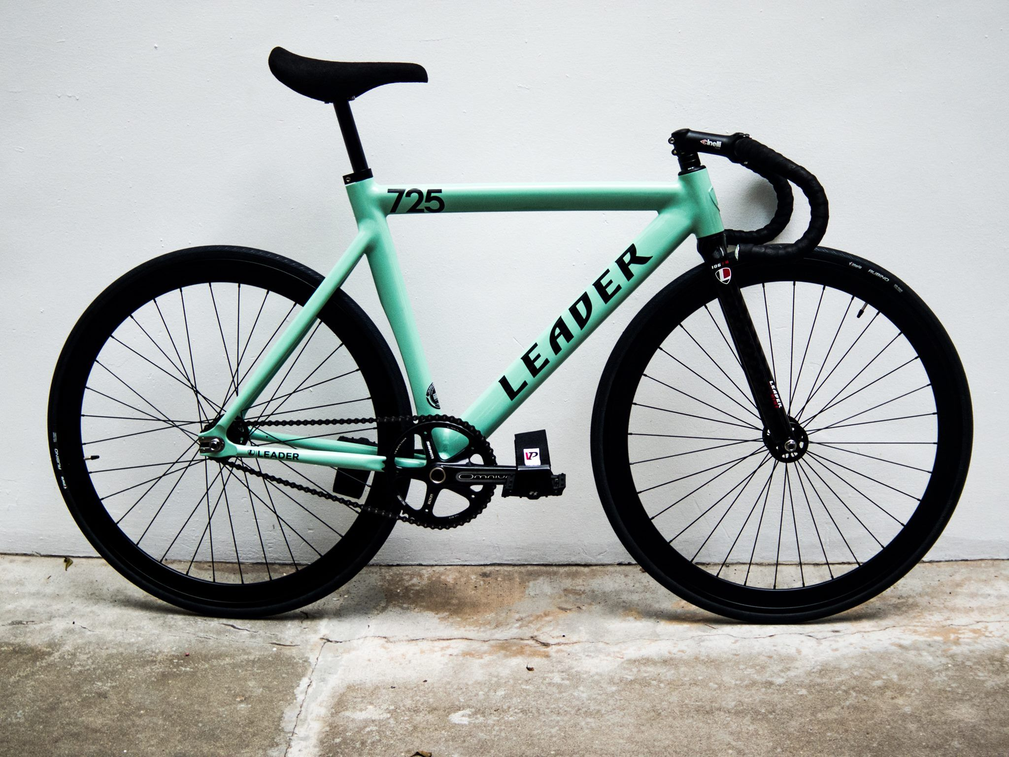 Leader 725 Complete Fixed Gear Bike Fixed Pinterest Fixie