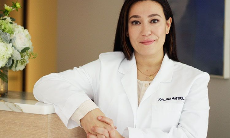 We chatted with Jordana Mattioli, renowned medical