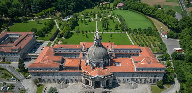 Drone footage of St.Ignatious.. Santuario de Loyola