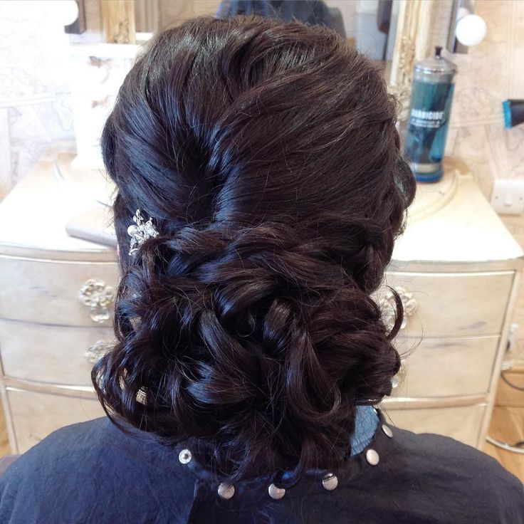 #asian #braid #bridalhair #bridesmaid #bridalstyle #bridesmaidhair #bridalhairst #bridemaidshair