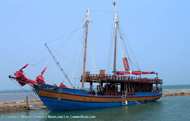 ancient scotand ships | Belize Pirate Ship Replica sailing off Belize city takes tourists to ...