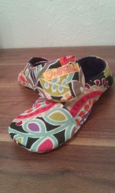a3f70620c0097 Free Kimono Slipper pattern! I am making these today. Lauren E ...