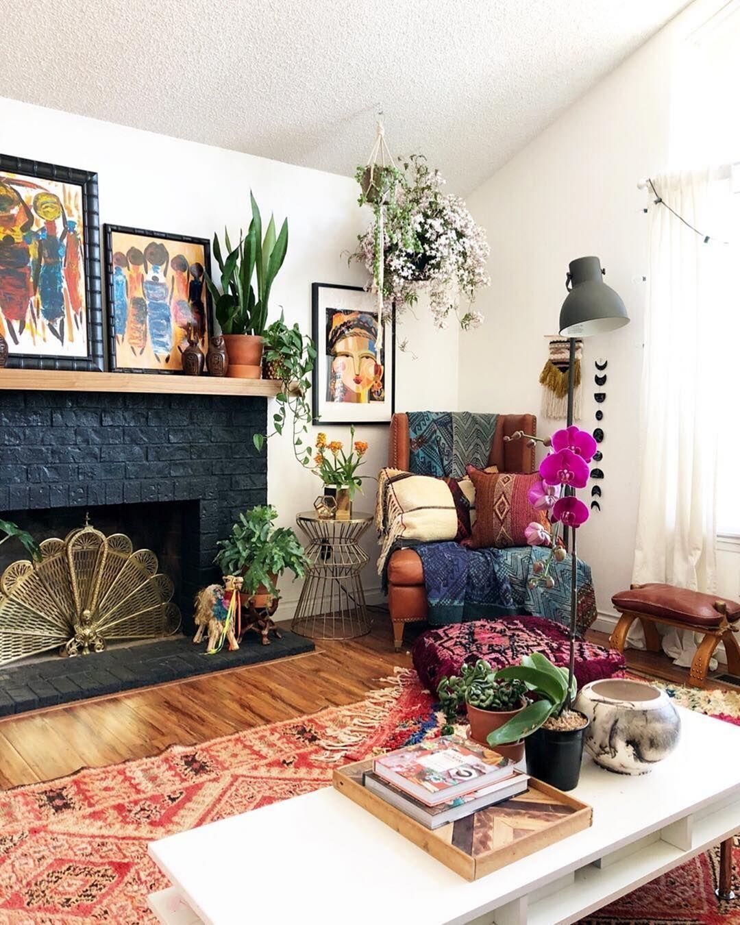 Bohemian Vintage Living Room Design