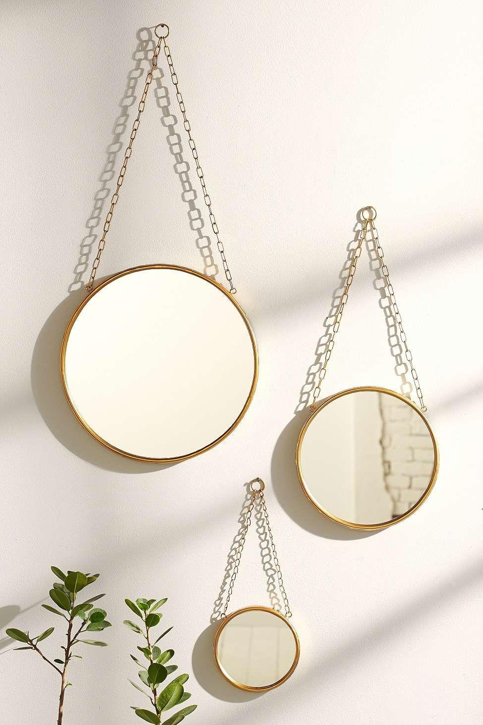 Petit miroir industriel urban outfitters chambre d co pinterest miroir industriel for Miroir petit