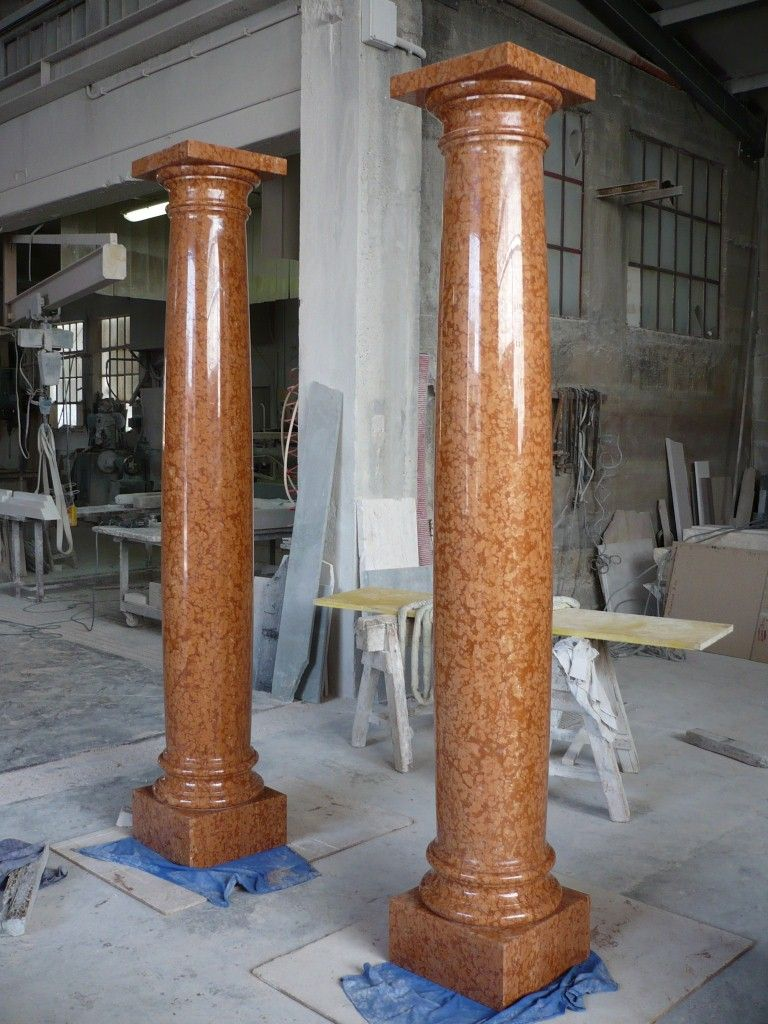Column in natural marble