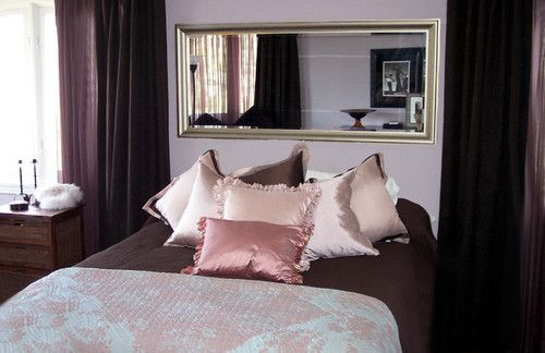 Pink And Brown Bedroom Really Pretty With White Bedding Bedroom Decor Traditional Bedroom Bedroom Ideas Pinterest
