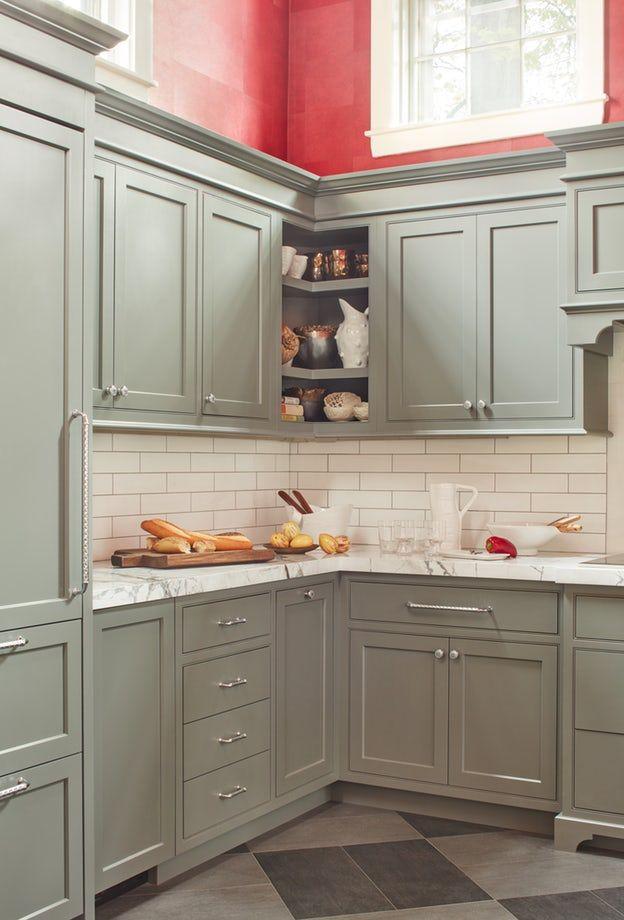 very nice open corner upper cabinet in this kitchen ...