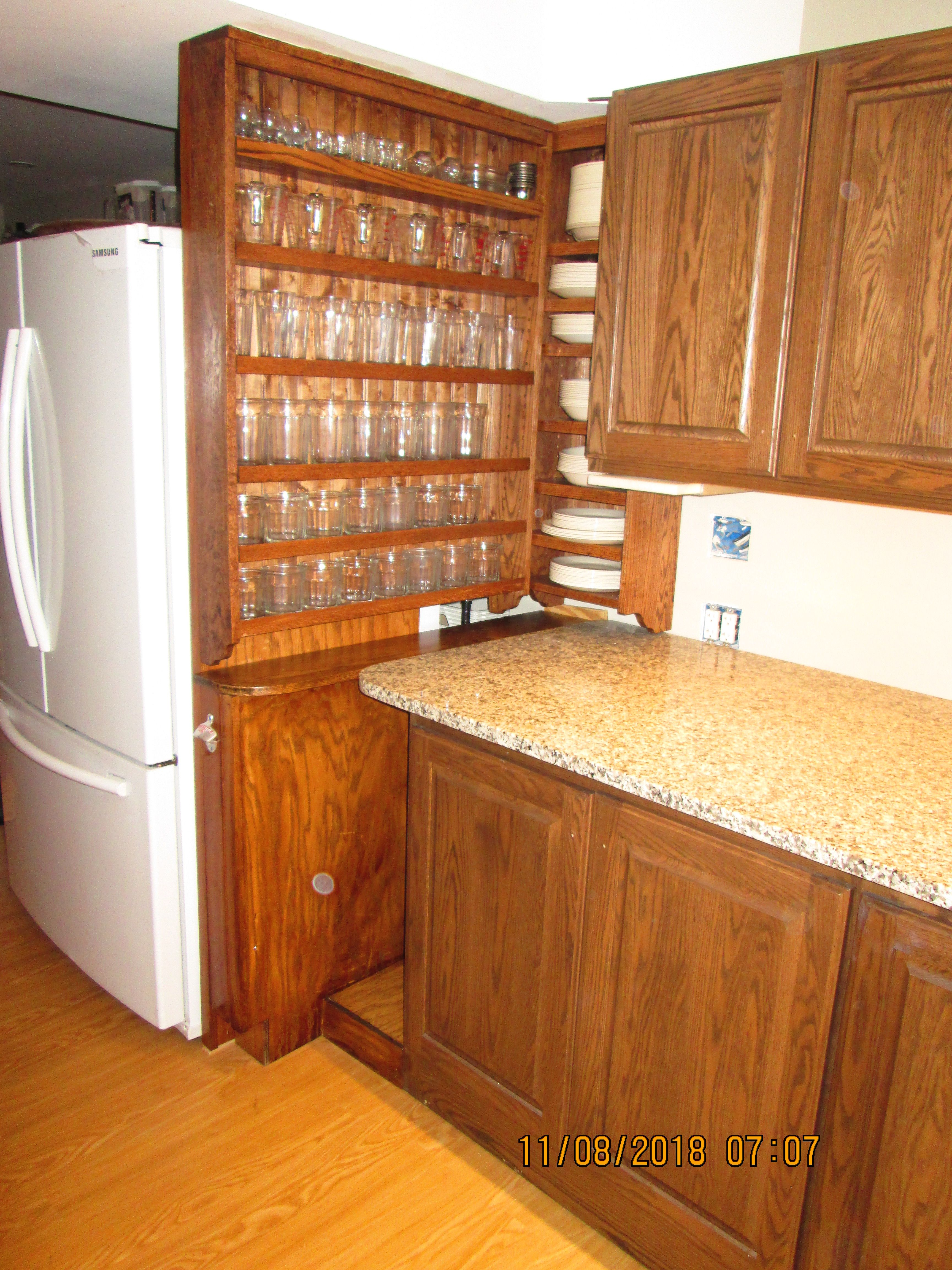 Kitchenette I Don T Think Refrigerators Are Too Deep I Think Countertops Are Not Deep Enough This Granite Countertop Wall Cabinet Base Cabinets Countertops