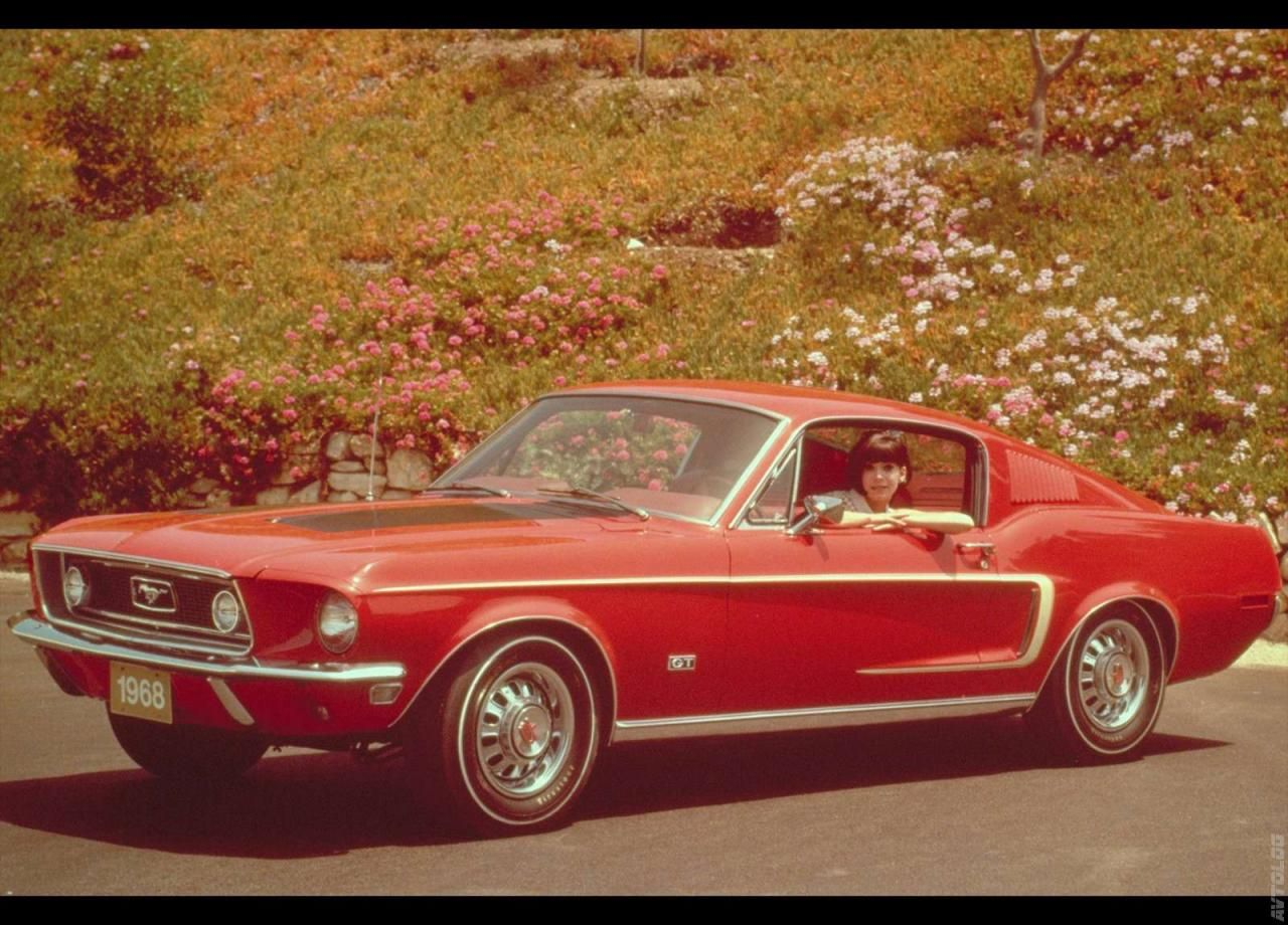 1968 ford mustang gt i had one same color cute car