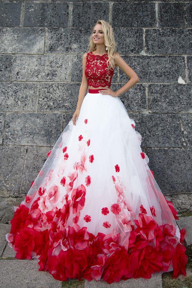 robe de mari e princesse rouge et blanche evening gowns pinterest vestiditos juegos. Black Bedroom Furniture Sets. Home Design Ideas