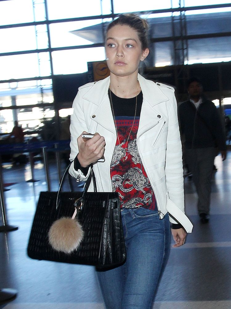 The Many Bags of Gigi Hadid Saint Laurent, Kendall Jenner, Weekend Style,  Purses 69d10f94ad