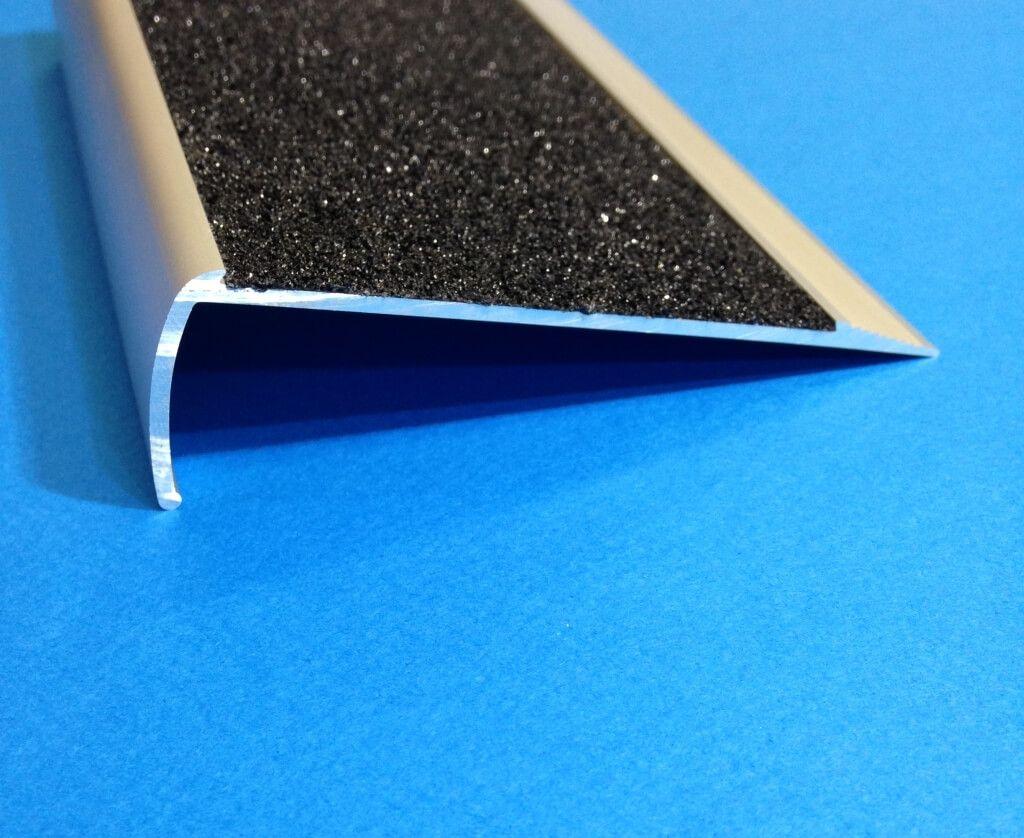 Best Flooring Black Carb Non Slip Stair Treads Nosing Non Slip 400 x 300