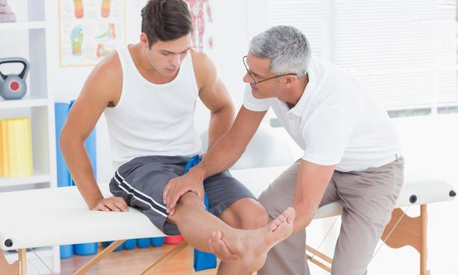 Knieschmerzen, was tun? Die besten Übungen für das Kniegelenk