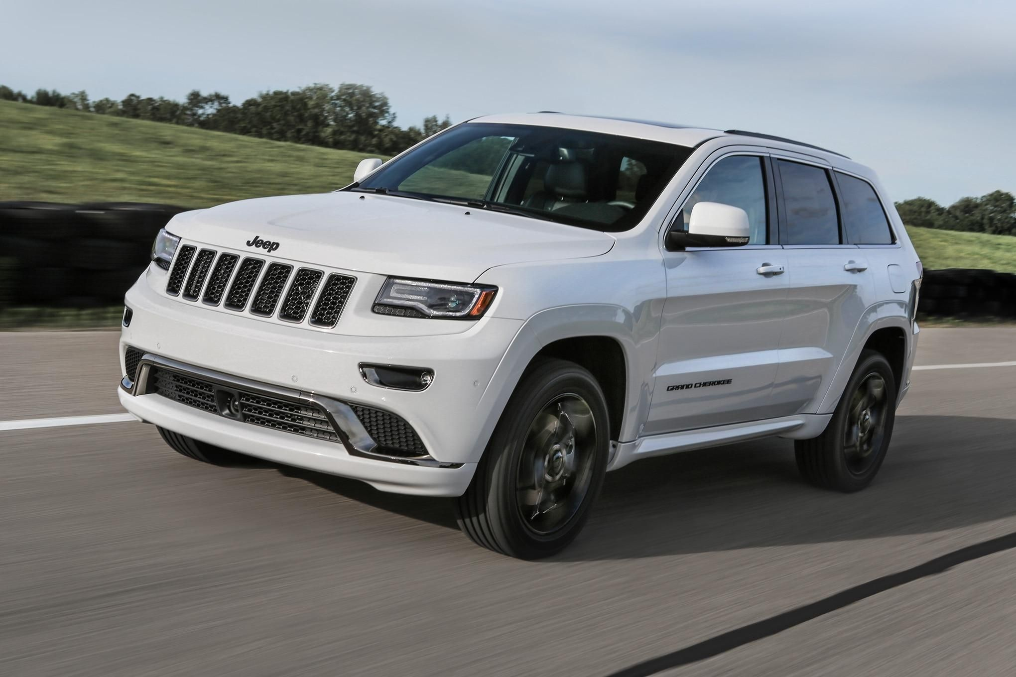 2016 Jeep Grand Cherokee Improves Mpg Adds Engine Stop Start With 2018 Jeep Cherokee Mpg Jeep Grand Cherokee Jeep Jeep Grand