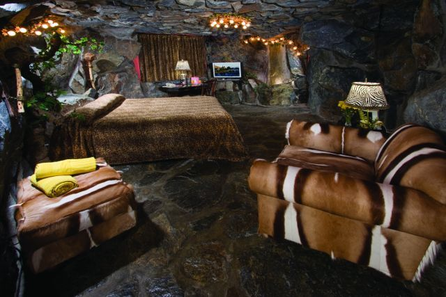 (Really) Deep Sleep: 6 of the World's Coolest Cave Hotels ...