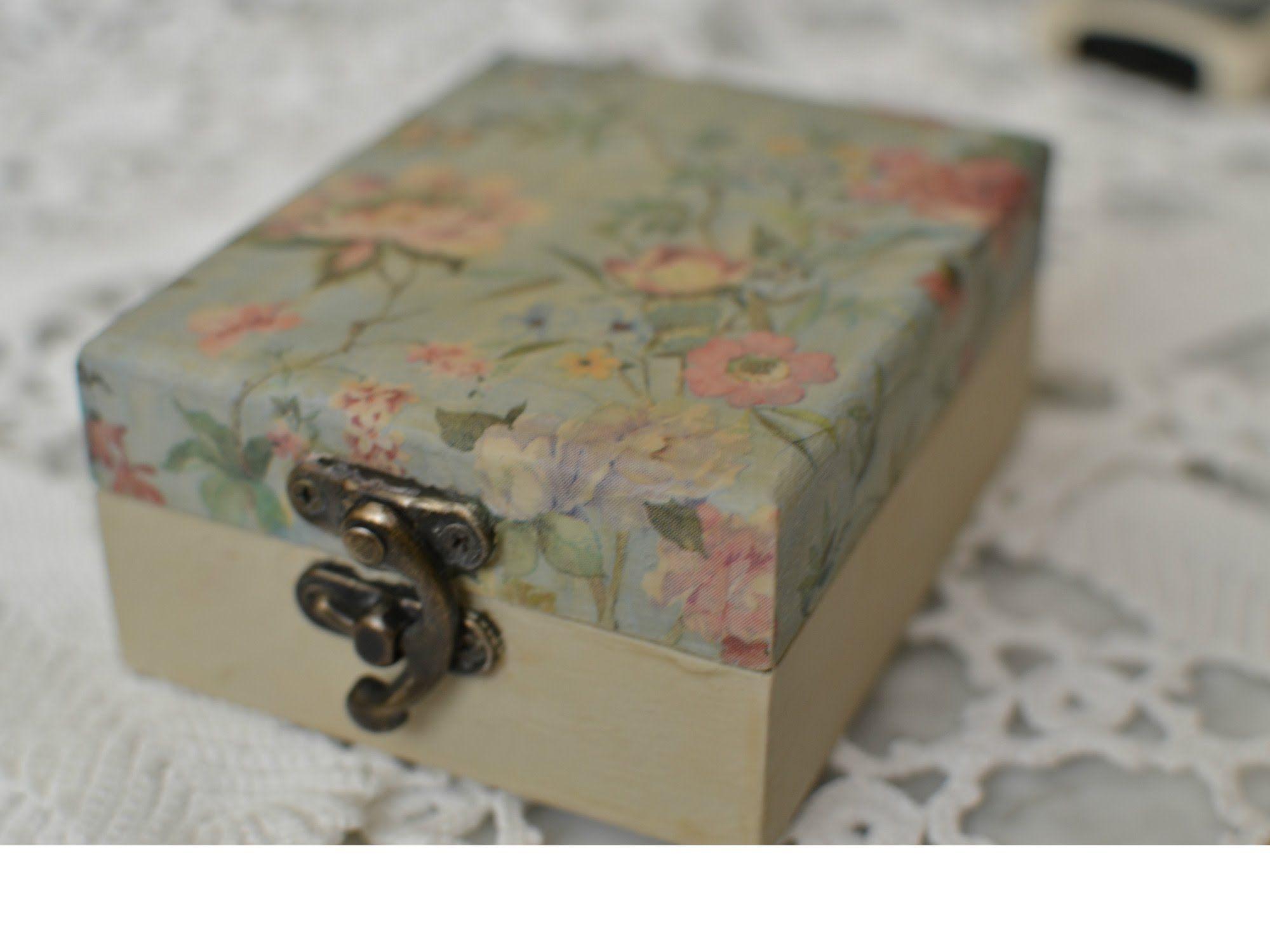 Caja de madera decorada decoupage paso a paso - Cajas de madera decoradas ...