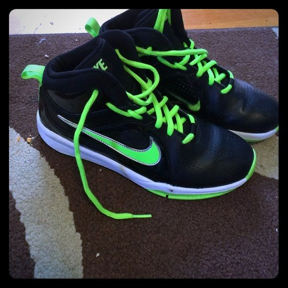 Green Nike basketball shoes Barely used basketball shoes/ high tops. Great quality Nike Shoes Athletic Shoes