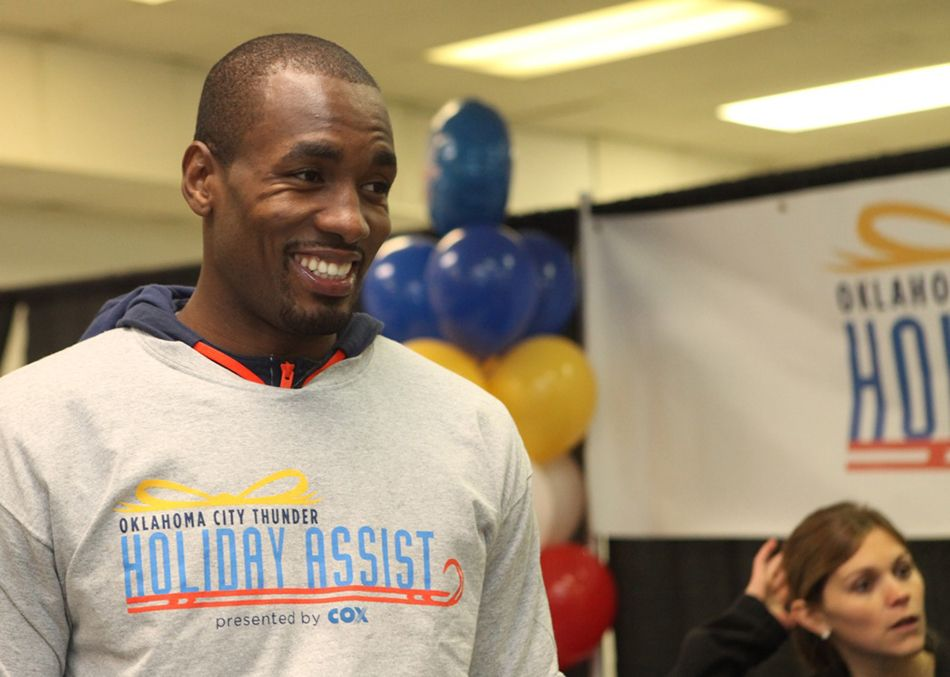 Photo Gallery - Thunder in the Holiday Spirit | THE OFFICIAL SITE OF THE OKLAHOMA CITY THUNDER