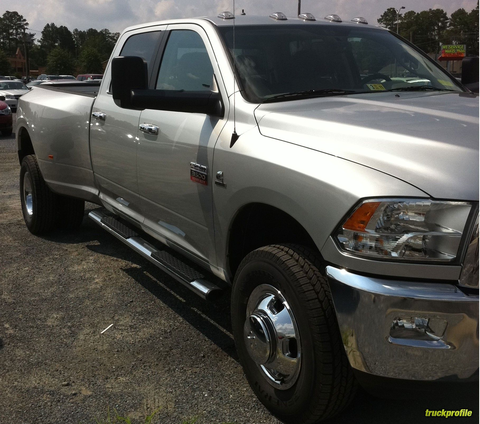 Dodge ram pickup 2500 review research new used dodge ram pickup 2500 models