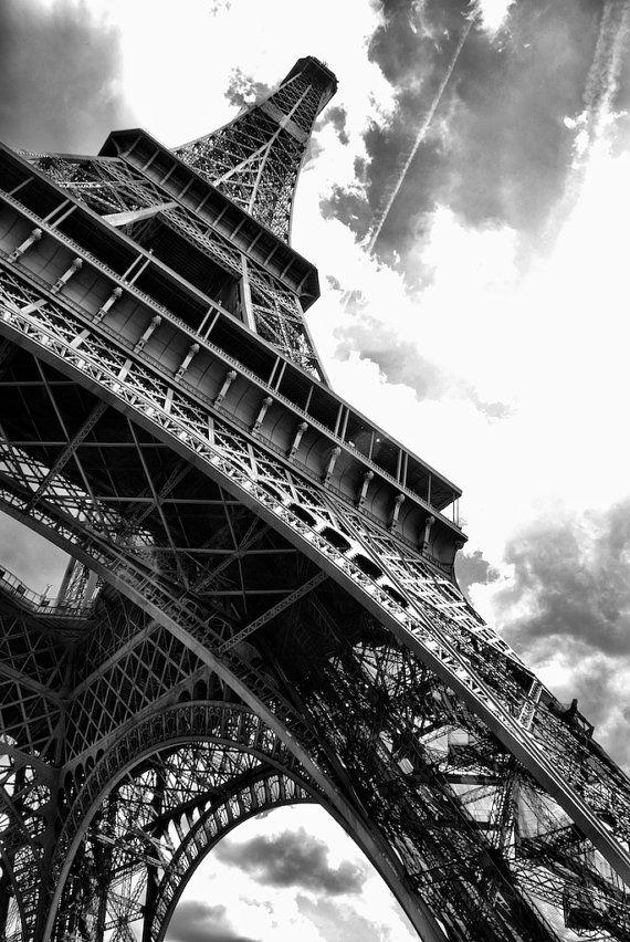 La Tour Eiffel Tour Eiffel noir et blanc Paris par stewartprints