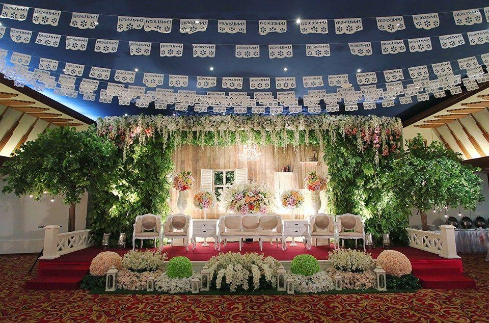 Pernikahan dengan tema mexican rustic ala ninda dan lucky pernikahan dengan tema mexican rustic ala ninda dan lucky pelaminan junglespirit Gallery