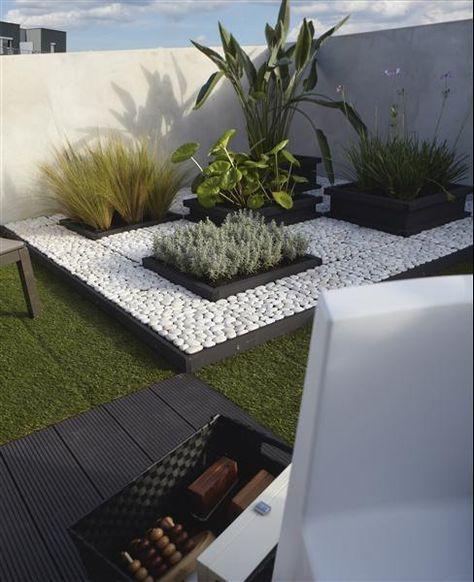 galet blanc et carré de plantes Aménagement extérieur Pinterest