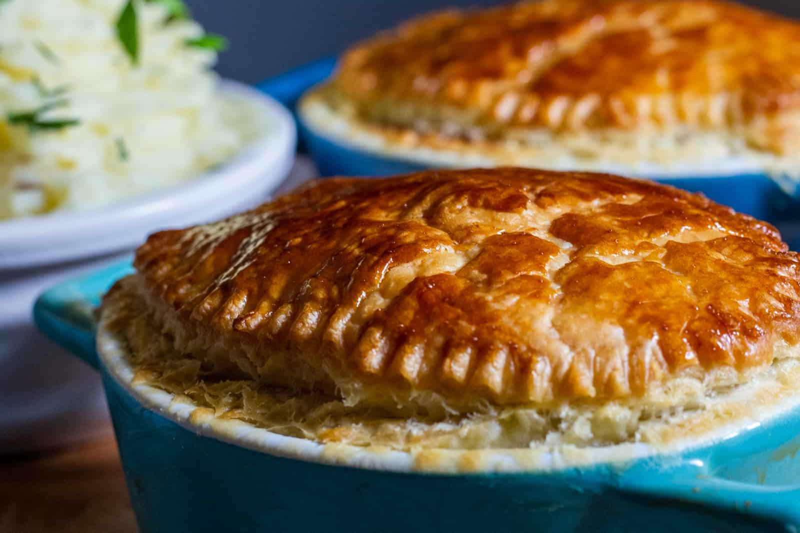 Slow Cooker Steak Pie | Recipe in 2020 (With images ...