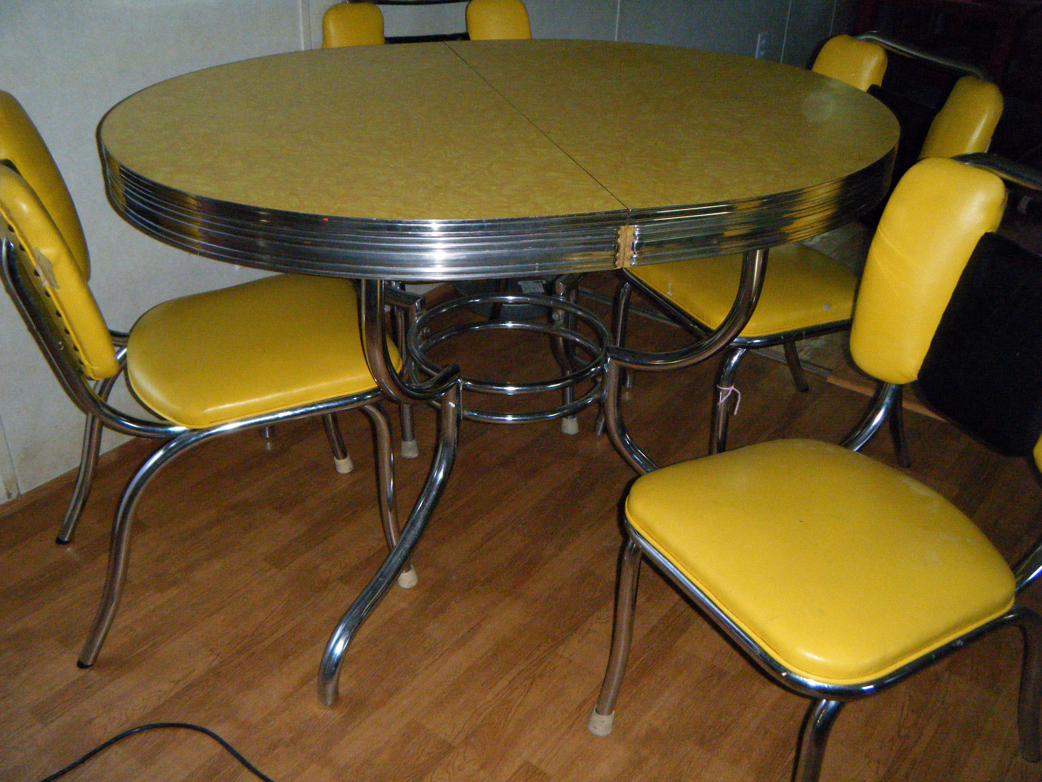 Table et Chaises - Formica Jaune - Années 60 | Années Vintage ...