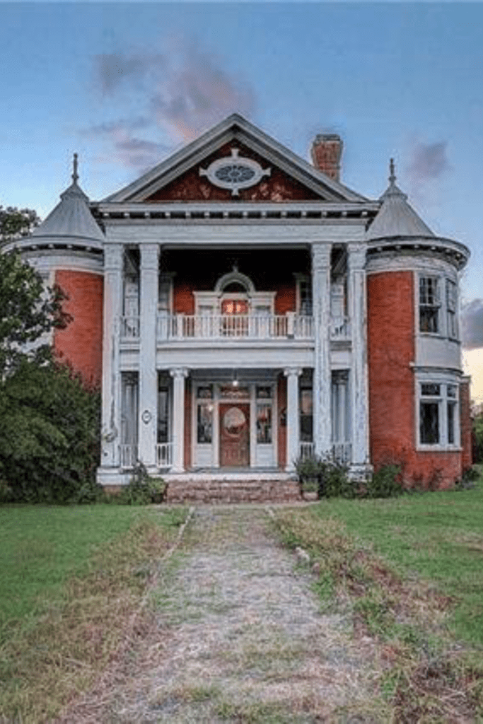 Oldhouses Mansion Click Pic For More P Os Of This 1897 Historic House For Sale In Manor Texas