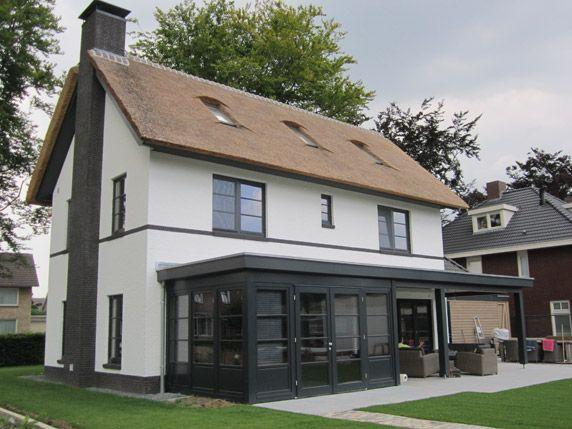 Villabouw in vlijmen houtskeletbouw energieneutraal for Moderne villabouw
