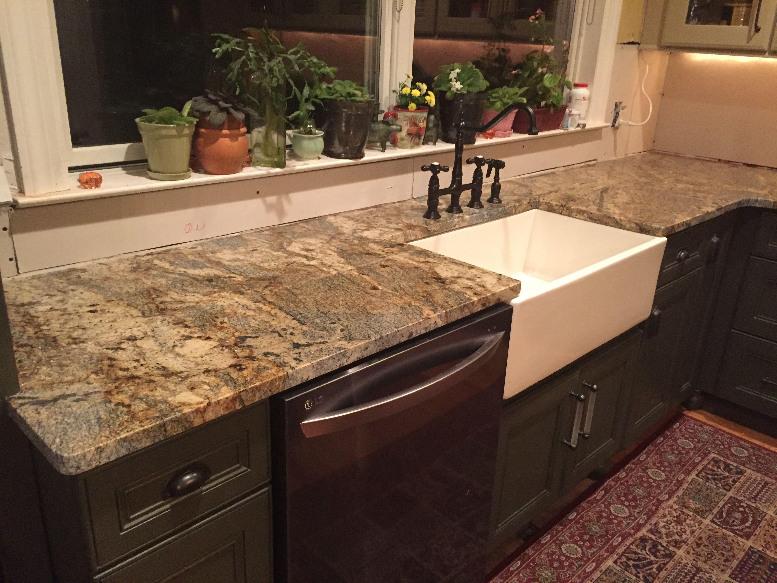 New Granite Countertop Lapidus Gold Lowe S Sensa Lowes Lapidusgold Granite It Is A Cheap Granite Countertops New Kitchen Cabinets Kitchen Cupboard Designs