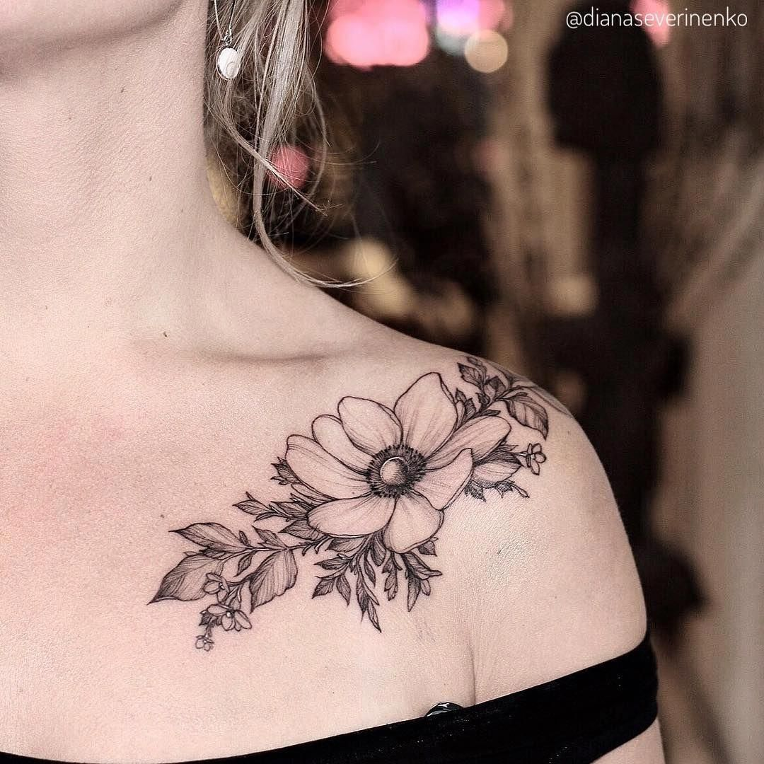 Shoulder Flower Tattoo Girltattoos Tatoeage Ideeen Tatoeages Tatoeage