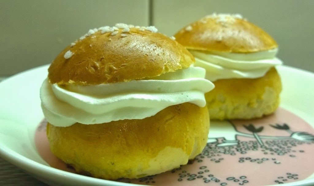 Gluteenitonta leivontaa: Gluteenittomat laskiaispullat