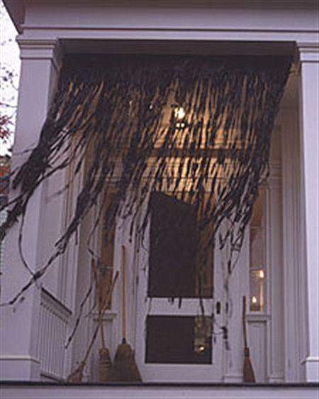 26 DIY Ideas How to Make Scary Halloween Decorations With Trash Bags - scary diy halloween decorations