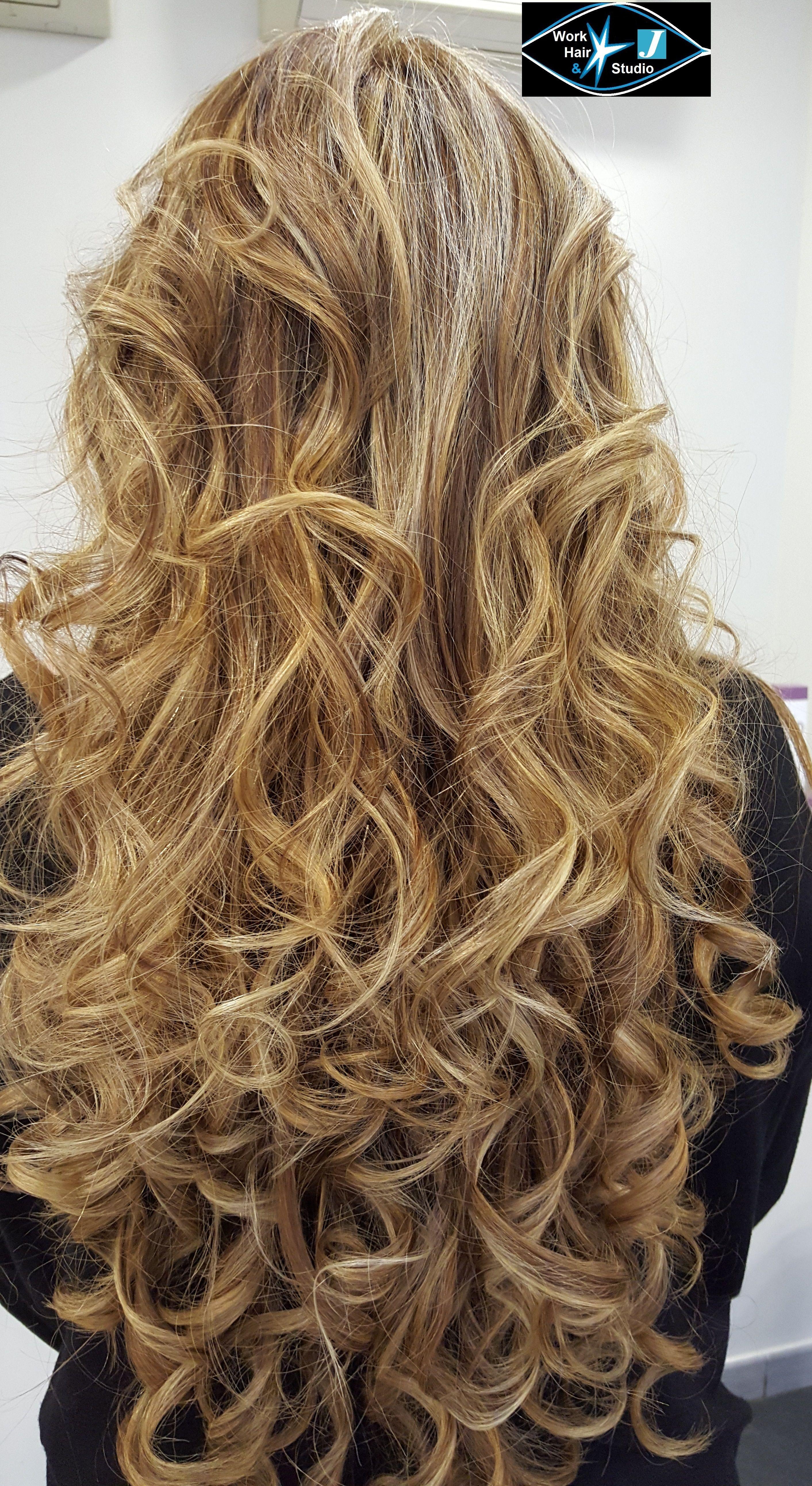 Degradè!!!! gradazioni e sfumature con capelli lunghissimi.