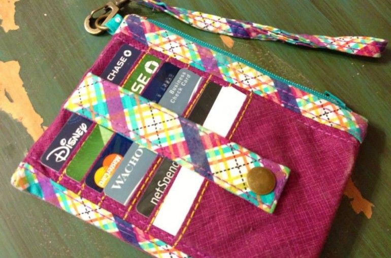 Carteras y bolsos, patrones de pago. / ponches & base pattern (not Free). I just love them
