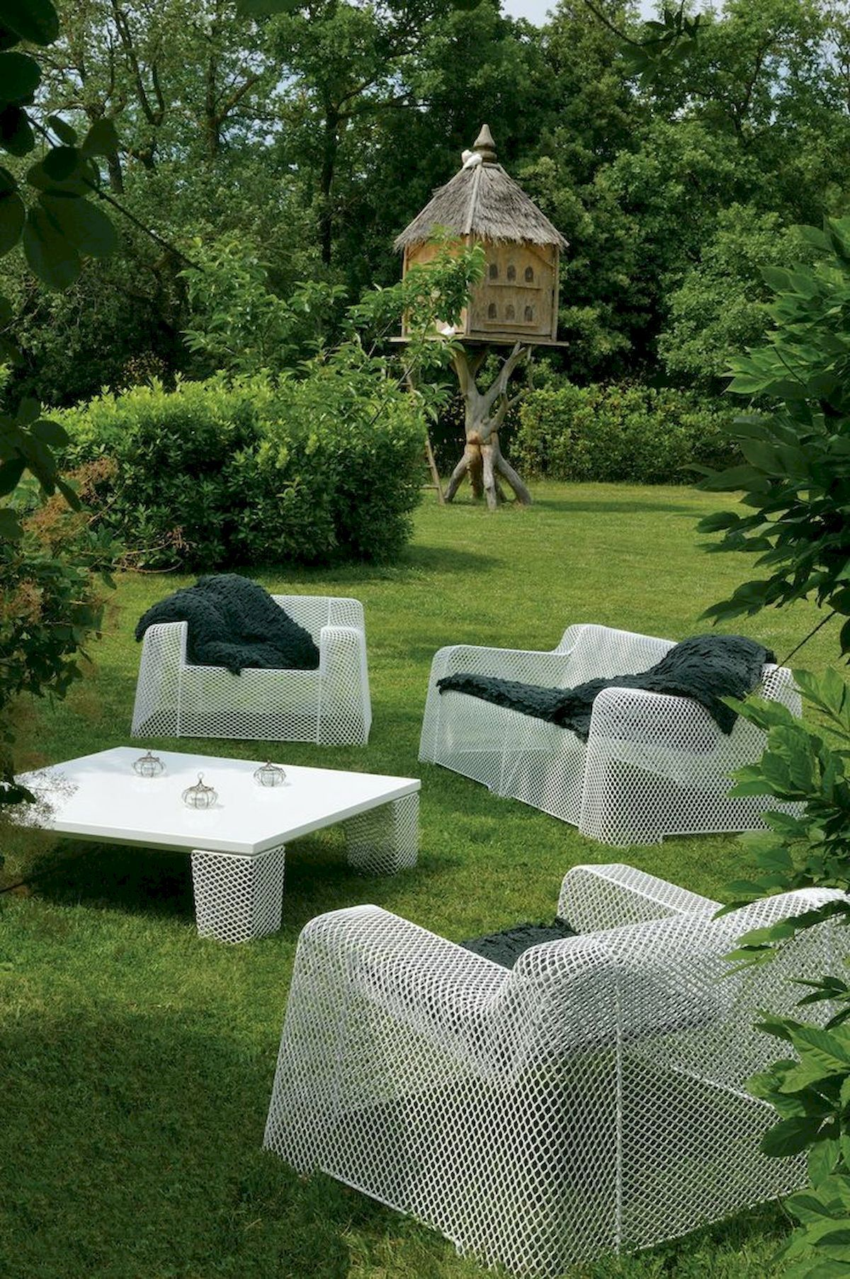 unusual outdoor chairs oversized chair with twin sleeper garden furniture for unique office design modern