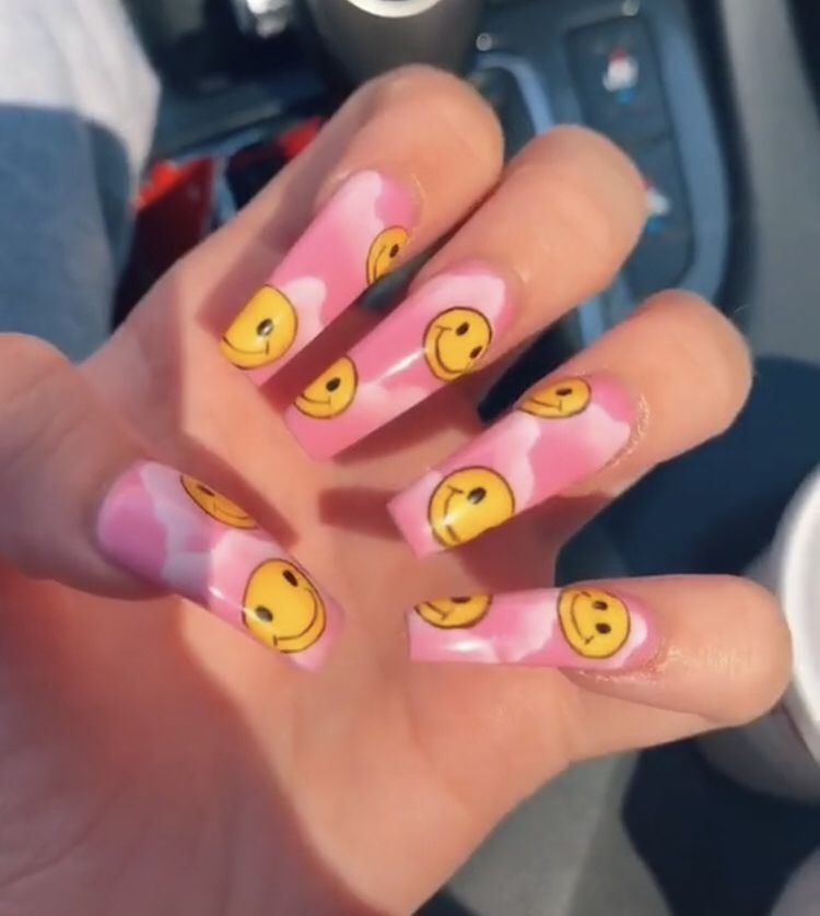 Smiley Nails In 2020 Nails Smiley