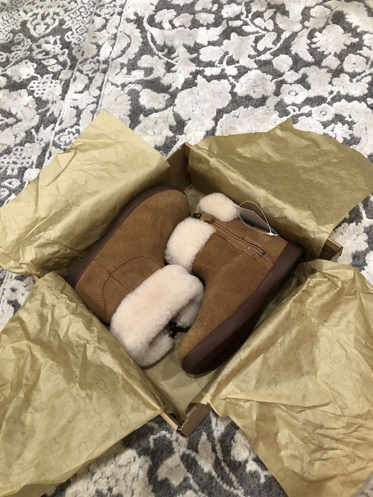 5a9421c14ba Ugg Kids T JORIE II BOOTS 1003656 T US size 11 VERY GOOD CONDITION ...