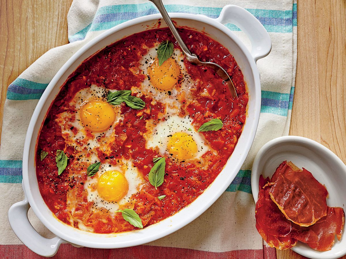 Stewed Tomato Shirred Eggs With Ham Chips Recipe Stewed Tomatoes Recipes Shirred Eggs