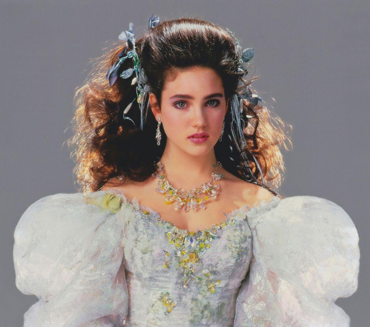 sarahs dress labyrinth | wedding dress after sarah s ... Labyrinth 1986 Sarah