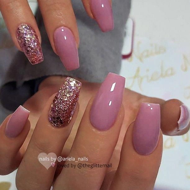 Theglitternail Get Inspired Theglitternail Instagram Repost Berry Mauve And Glitter On Coffin Nails Mauve Nails Gorgeous Nails Nail Designs