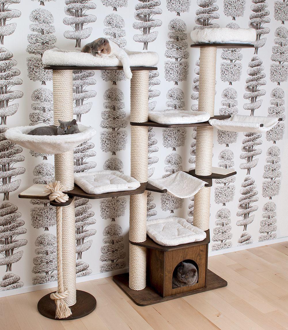 kratzbaum landschaft von profeline aus vollholz modell wotan f r viele und gro e katzen. Black Bedroom Furniture Sets. Home Design Ideas