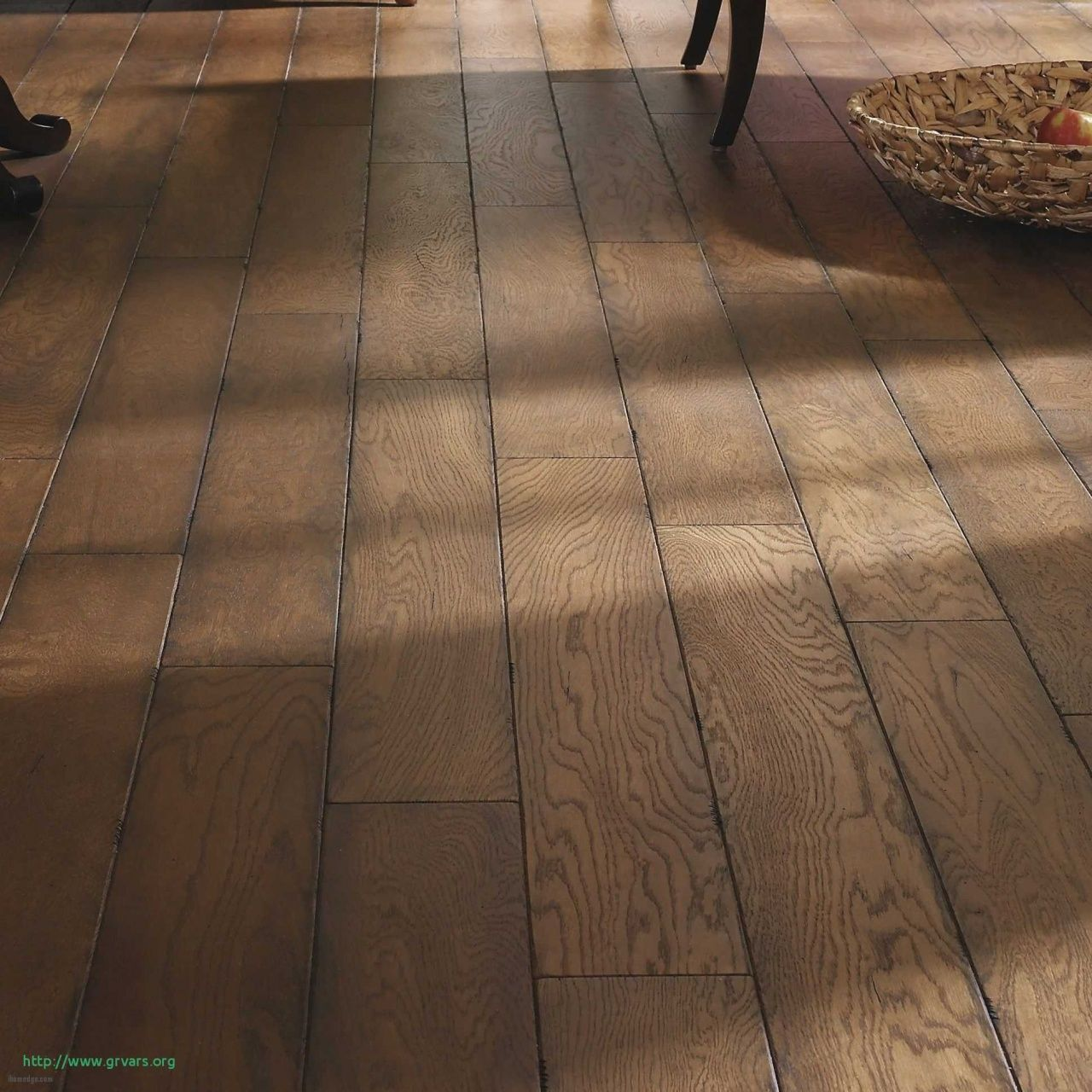How Much Does It Cost to Install Vinyl Flooring in 2020