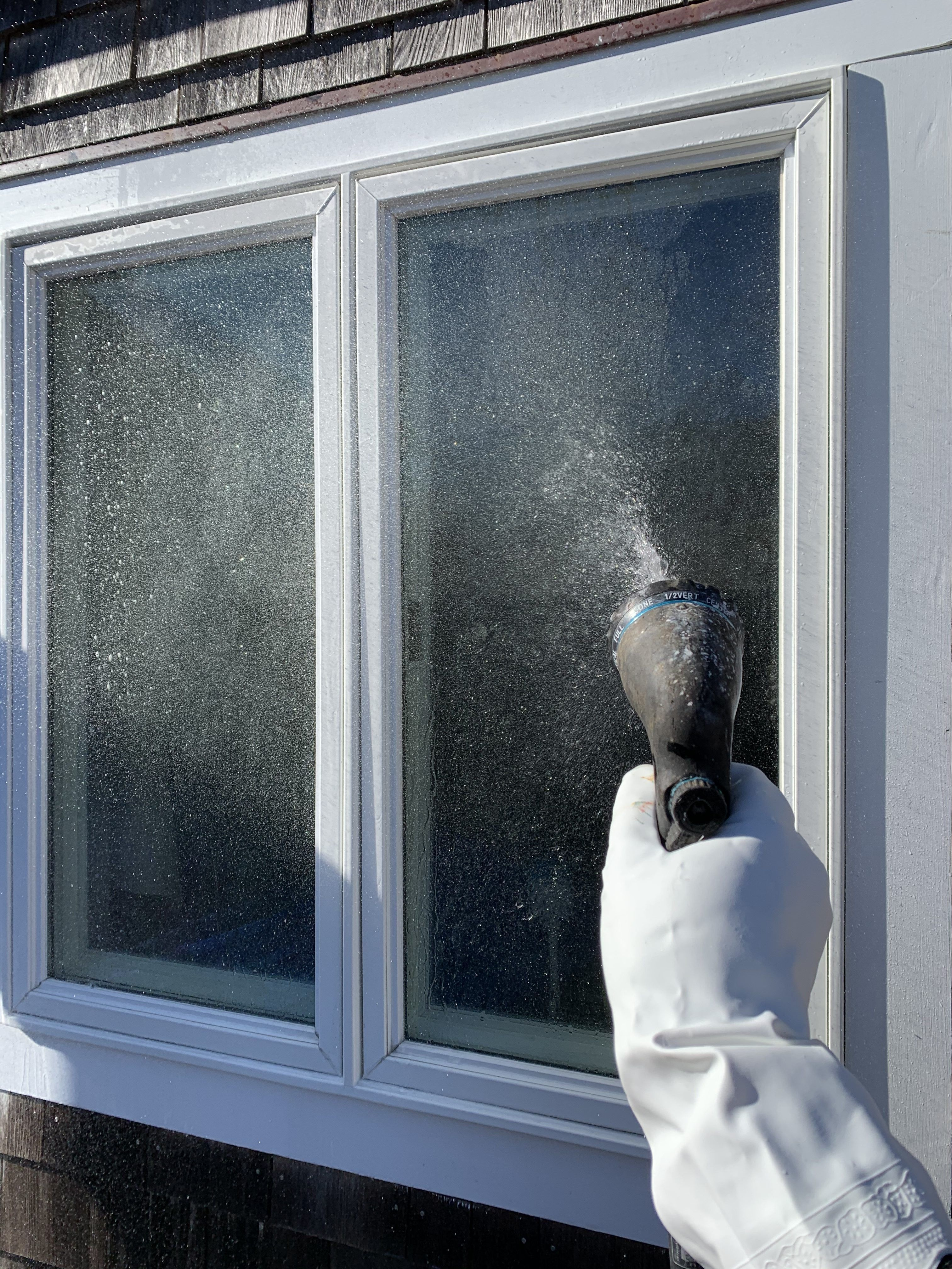 How To Clean Your Windows Like A Pro Cleaning Techniques Cleaning