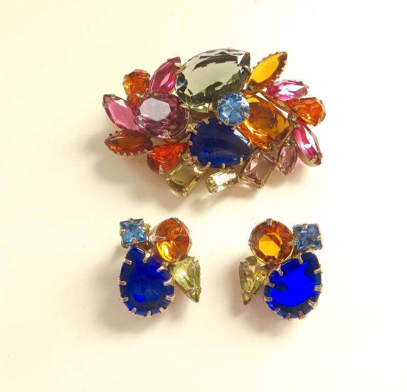 Vintage Trifari Brooch Earrings Fruit Salad Rhinestone Demi Parure